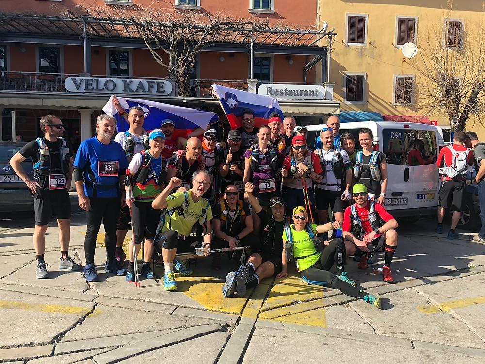 slovenska ekipa na startu