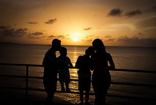 family-4800588_1920.jpg