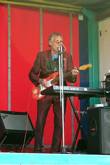 The Swnging 60s - Andy - 60s band Kent