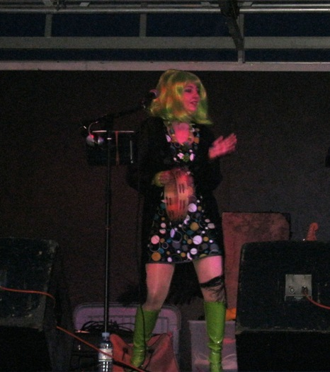 Leah-green wig-green boots-60s band