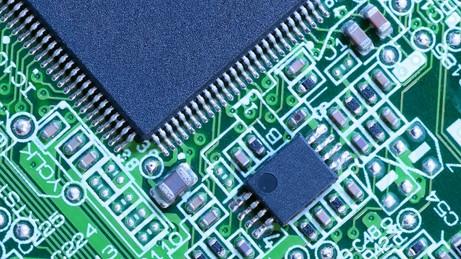半導体不足が深刻化 ~ サプライチェーンを俯瞰できるか?