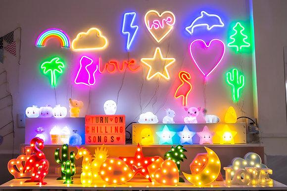 Đèn Neon Treo Tường