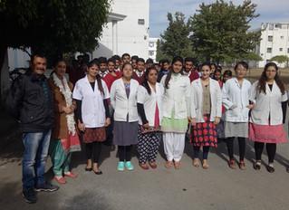 Students of Govt.  Senior Secondary School Dadahu visited Dental College Paonta Sahib