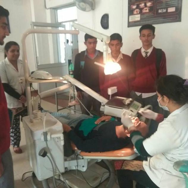 Students Visits, Orthodontics