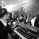Book a great party band