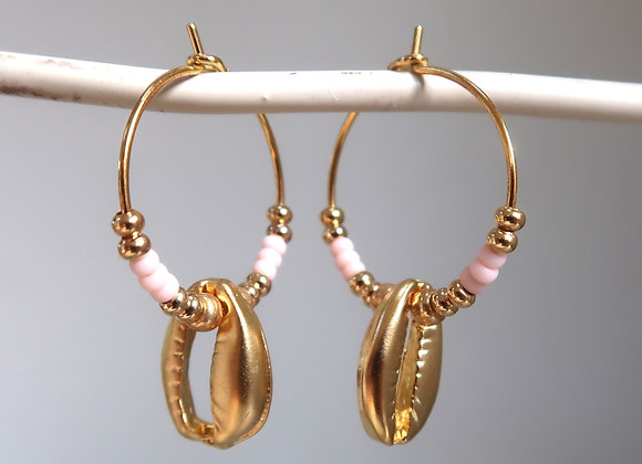 Oyster Pink Shells (Small hoop)