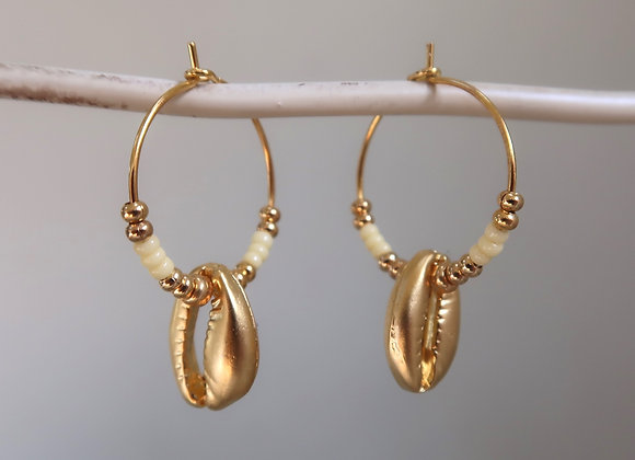 Pale Yellow Shells (Small hoop)