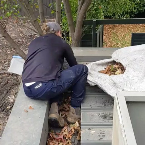 GUTTER CLEANING - Live action 🍂🍂🍂#mid