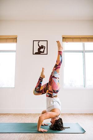 Della-YogaLanding-4956.jpg
