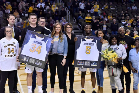Jaalam Hill and Vikings Spoil Senior Day for Norse 83-77
