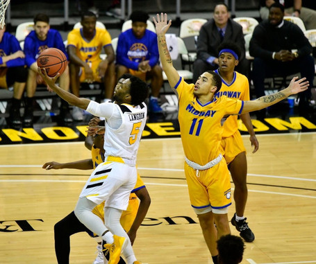 Karl Harris Double-Double Leads NKU to Victory Against Midway