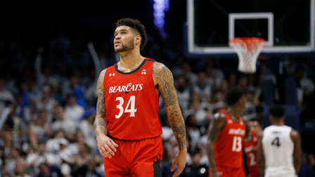 @Large Bid Podcast: Is Anyone Actually Good in College BBall? Cole Anthony Suffers Injury + What&#39