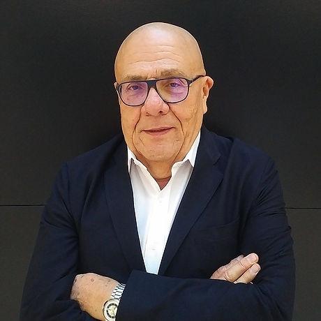 Alvaro Rendón.jpeg