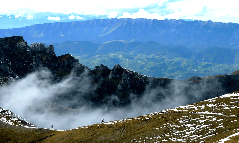 Transylvania 100 - Three ultra mountain races, a skyrace and a semimarathon through the wilds of Romania crossing the high altitude trails of the Bucegi Range. Starting and finishing in the shadow of Dracula's Bran Castle. UTMB qualifying races.
