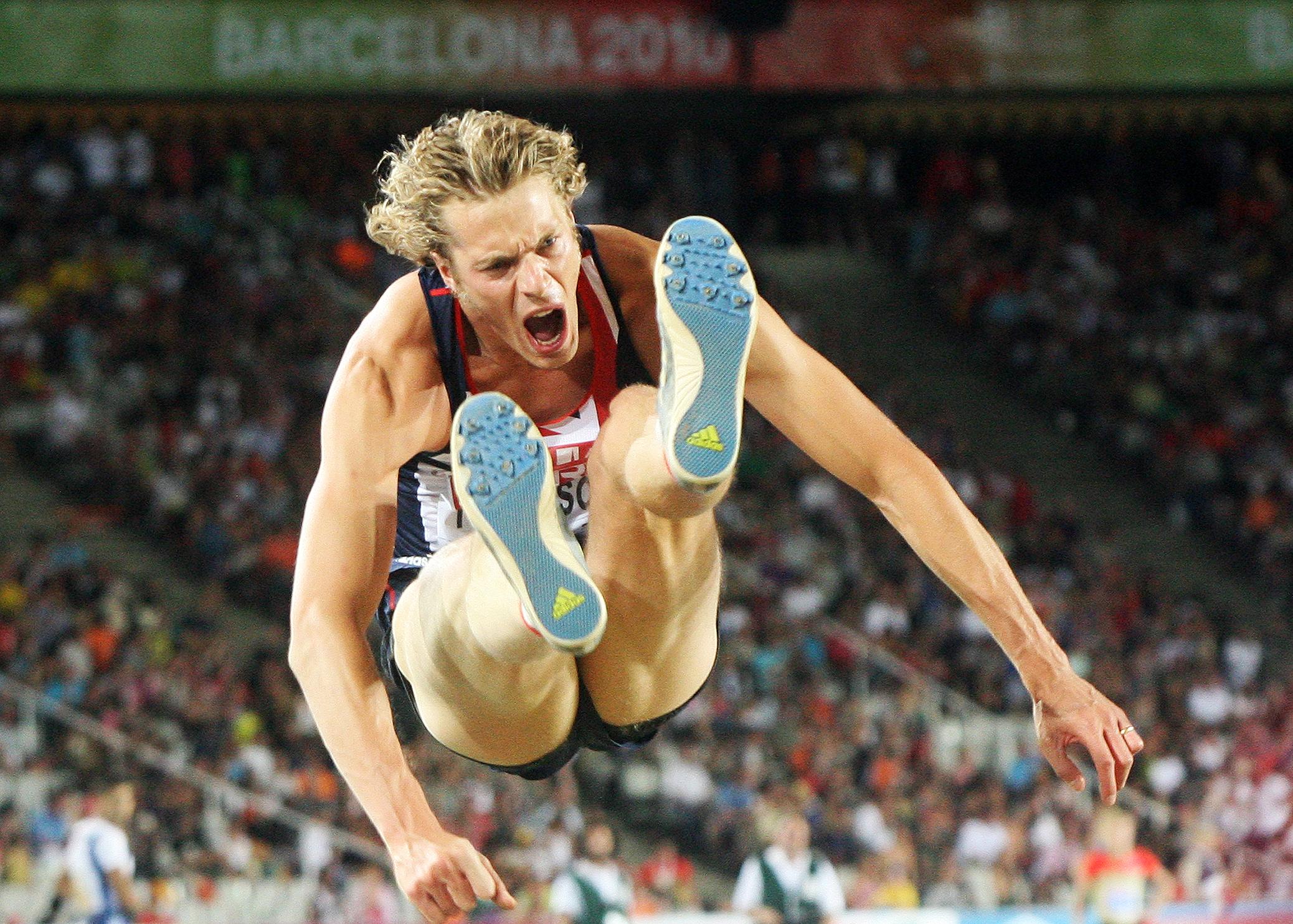 Athletics Tomlinson leap.jpg