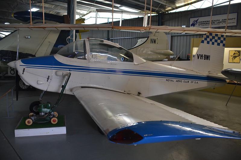 Victa Airtourer 100