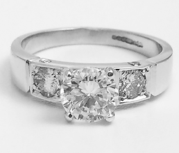 Jewellery Commission. Testimonial page. Bespoke diamond engagement ring. White gold and diamonds.