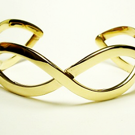 Jewellery Commission. Handmade gold bangle. Gold remodelled and handmade into a bespoke design.