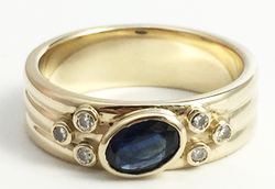 Sapphire and diamond cad band