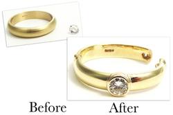 A Hinged Diamond Band Ring