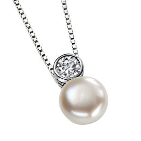 Fresh water pearl pendant