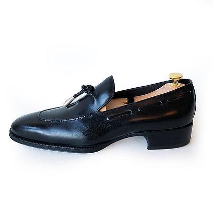 TOM FORD Black Leather Tassel Loafers Size 10.5