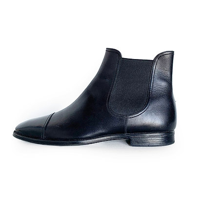 BALLY BLACK LEATHER CHELSEA BOOTS