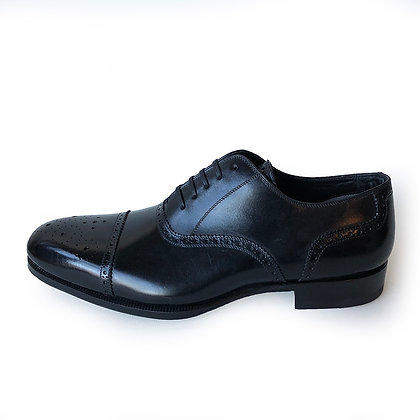 Tom Ford Black Cap Toe Lace Up Shoes
