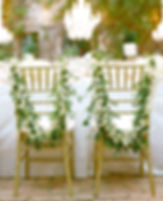 decoration-de-chaise-fleurs-blanches-haw
