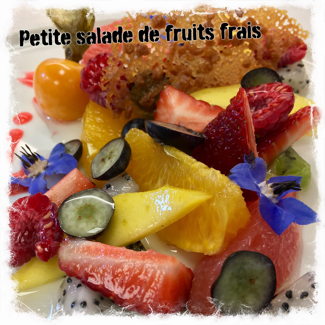 Salade de fruits à l'assiette