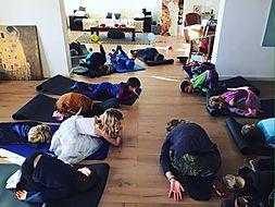 Yoga ludique, Enfants