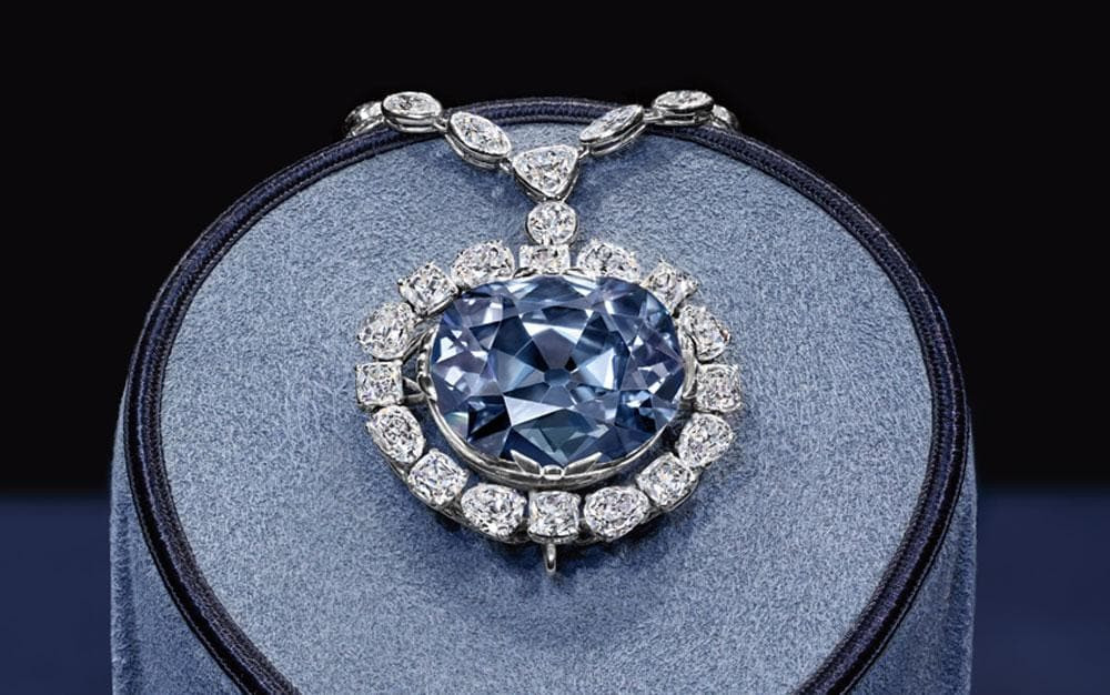the hope diamond blue diamond necklace on display
