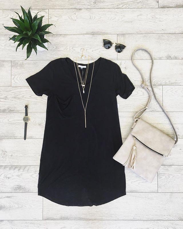 Basic t-shirt dress, so easy + fun to st