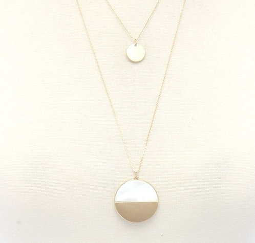 Half Gold Half White Pearl Circle Necklace