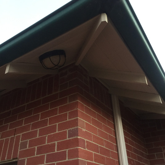 Rotted rafter and eaves