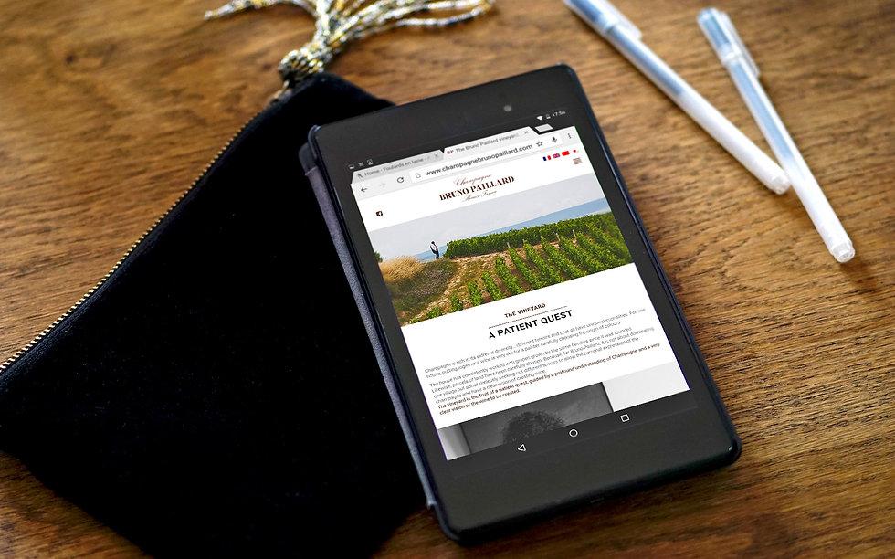 """Direction artistique et web-design du site pour """"Champagne Bruno Paillard"""""""