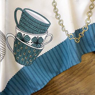 """Design de foulard en soie """"Alice au pays des Merveilles"""" pour """"Ania Axenova – Paris"""""""