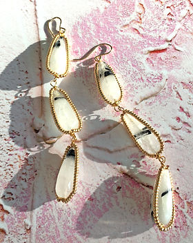 Earrings 4d.jpg