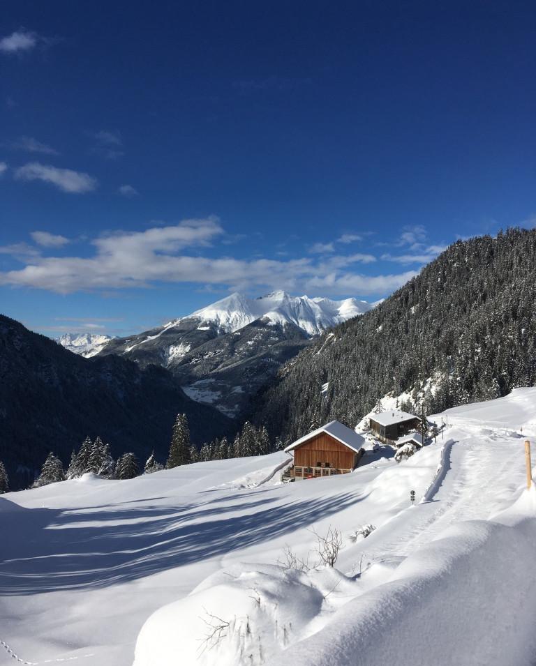 BiohofStuls_Hof Winter.jpg