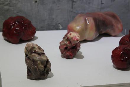 김제이, <Lumps>, 아이소핑크에 아크릴, 60×45×45cm 외, 2020