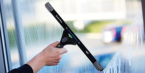 Applications-Traditional-Window-Cleaning