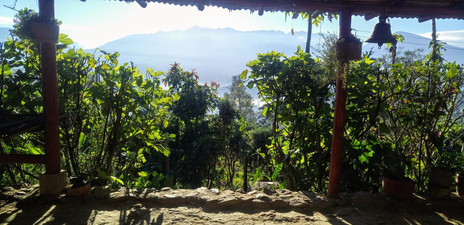 view to iguaque glamping finca corazón.J