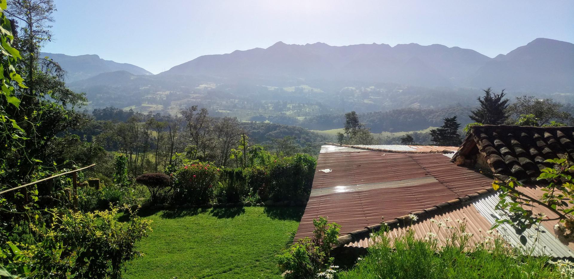 Iguaque view from glamping finca coraz