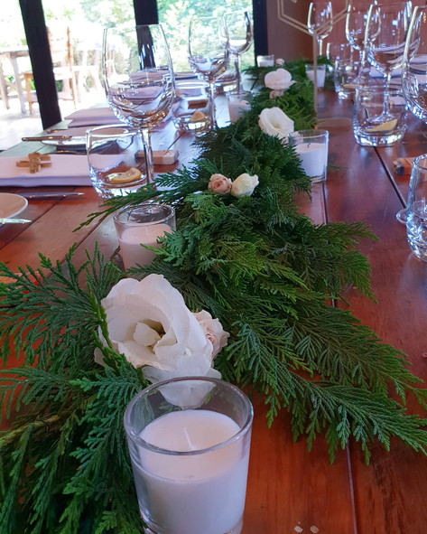 Simple Reception table runners
