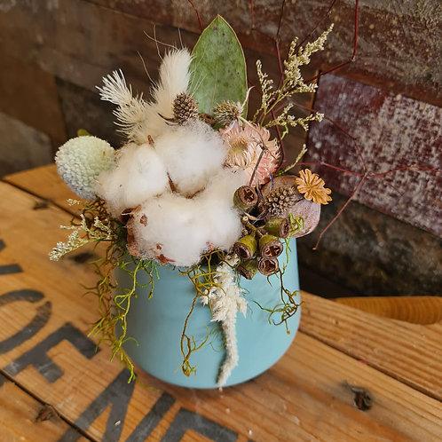 'Willow' Dried Arrangement