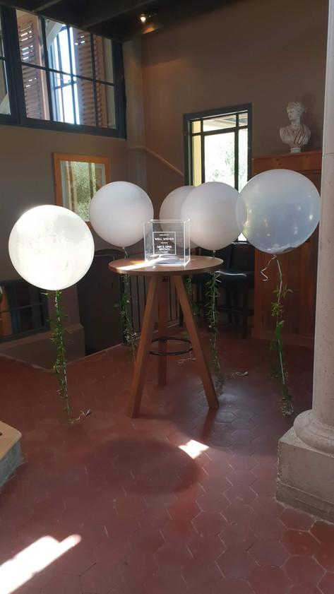 Greenery helium balloon strings
