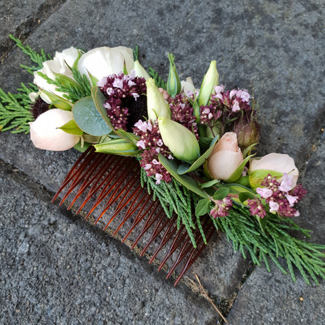 Mother of the bride floral hair comb - February wedding