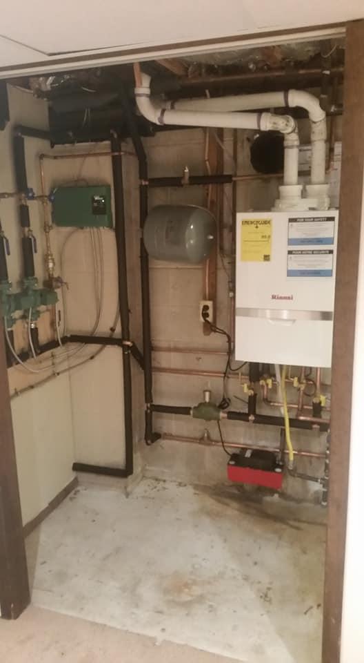 Combi tankless boiler Rinnai