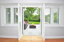 shutters-1680798_1920.jpg