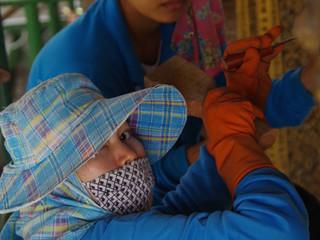 Les mosaïstes du temple Wat Suthat